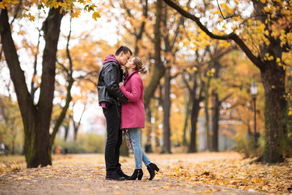 sesja zaręczynowa jesienna zaręczyny fotograf ślubny łódź warszawa